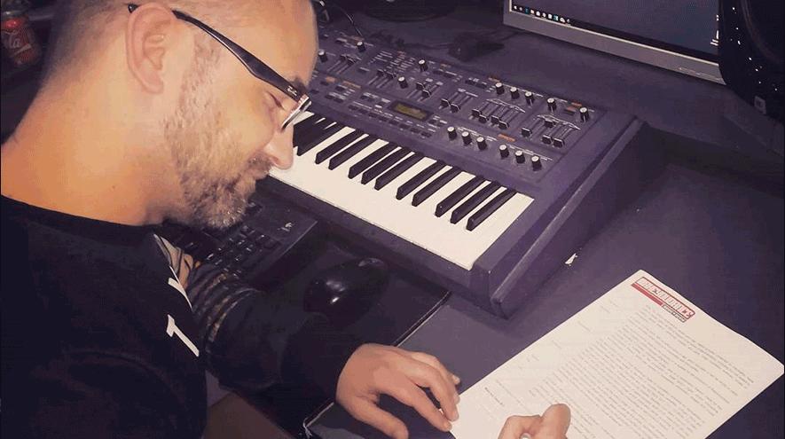 Dany BPM firma con Foolish Records